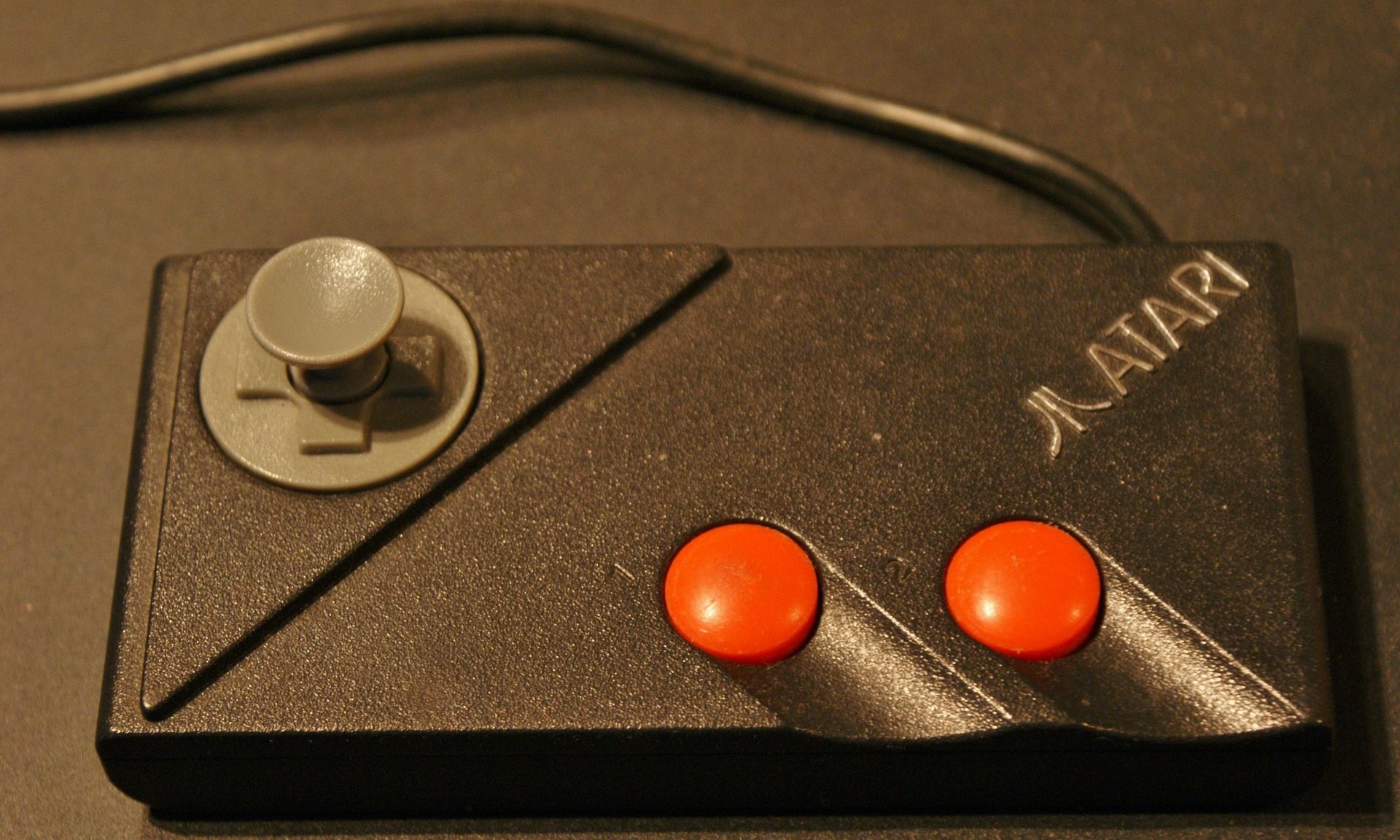 Manette Atari